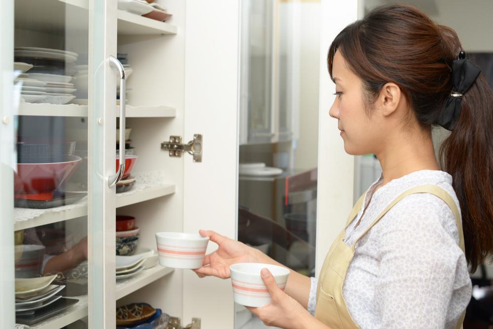 現在の食器棚収納の問題点を見つける