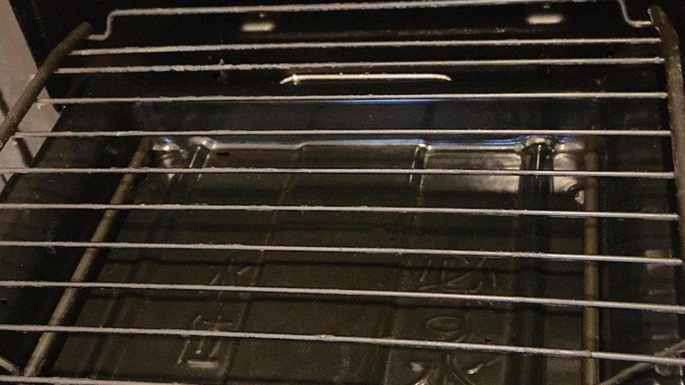 もっと活用!魚焼きグリルの掃除方法とキレイに保つコツ