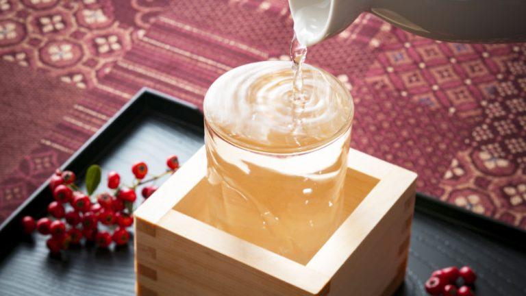 日本酒バルの店主がおススメする 正月の日本酒の選び方5つ