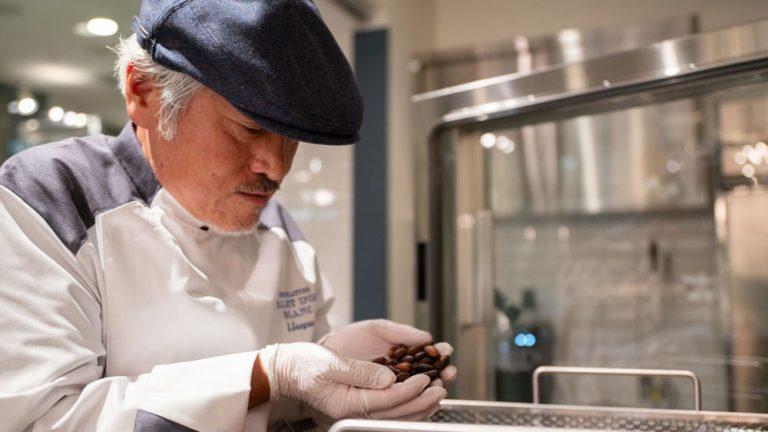 バレンタインは、青山「ショコラティエ パレ ド オール ブラン」で差をつける~世界初のホワイトチョコレート専門Bean to Bar~