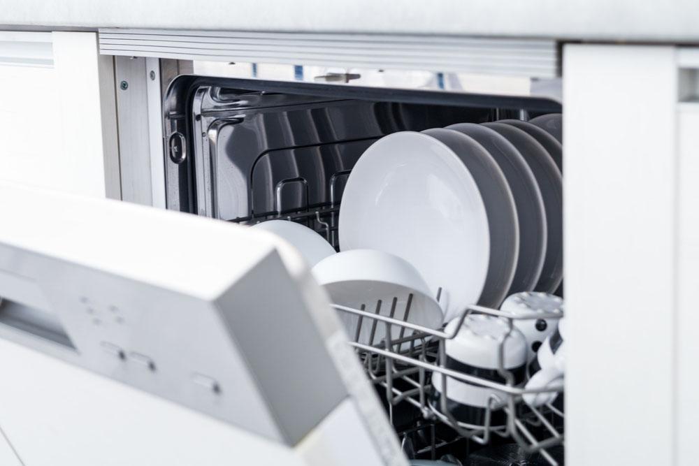 食洗機を長持ちさせるためにもお手入れを!