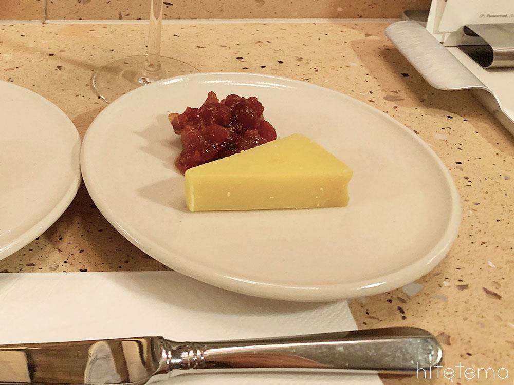 チェダーチーズ(クロスバウンドチェダー)