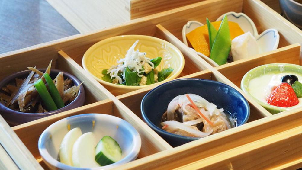 【倉敷とことこ×hitotema】美観地区おすすめランチ3選~和食・カレー・果物