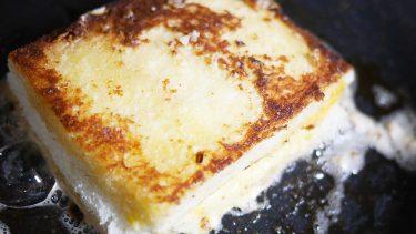 【和訳付き】ディズニー公式レシピ「グリルドチーズ・サンドウィッチ」ポイント解説も!(Grilled Cheese Sandwich)