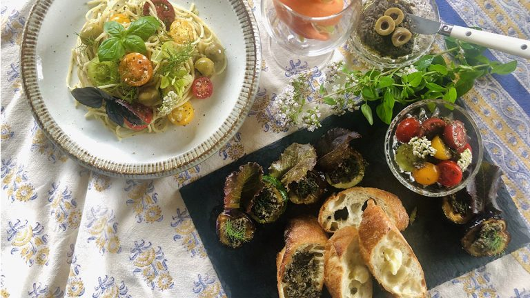 タプナードで美味しく食べよう!アレンジレシピ5選 #ハーブとスパイスの教科書