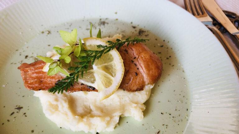 エルブ・ド・プロヴァンスで作る秋鮭のハーブソテー #ハーブとスパイスの教科書