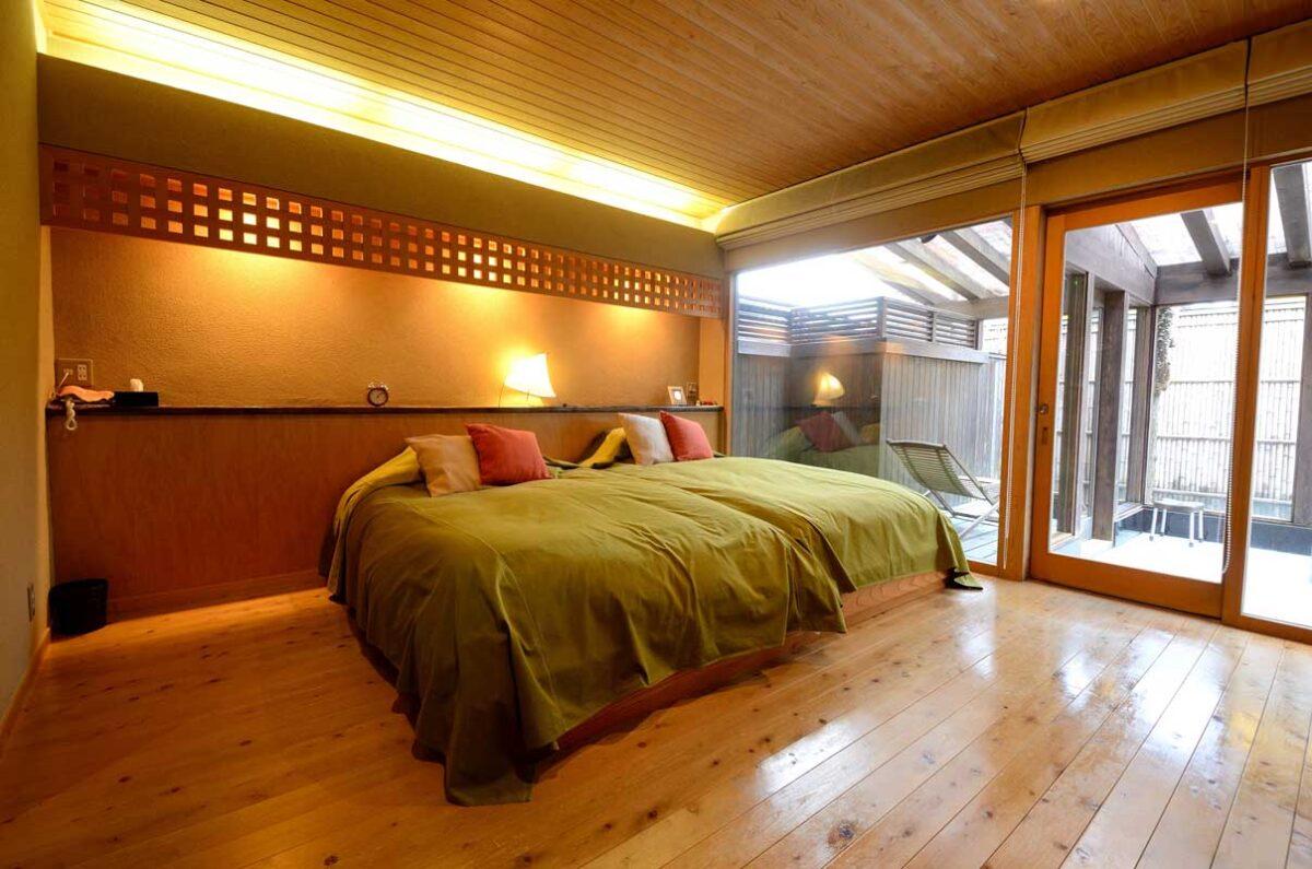 池月ベッドルーム