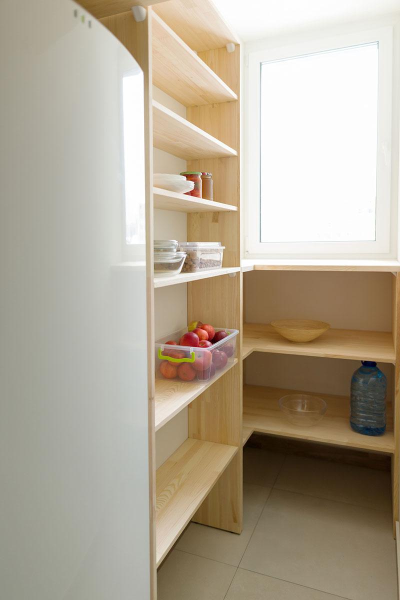 冷蔵庫を収納するか、しないか