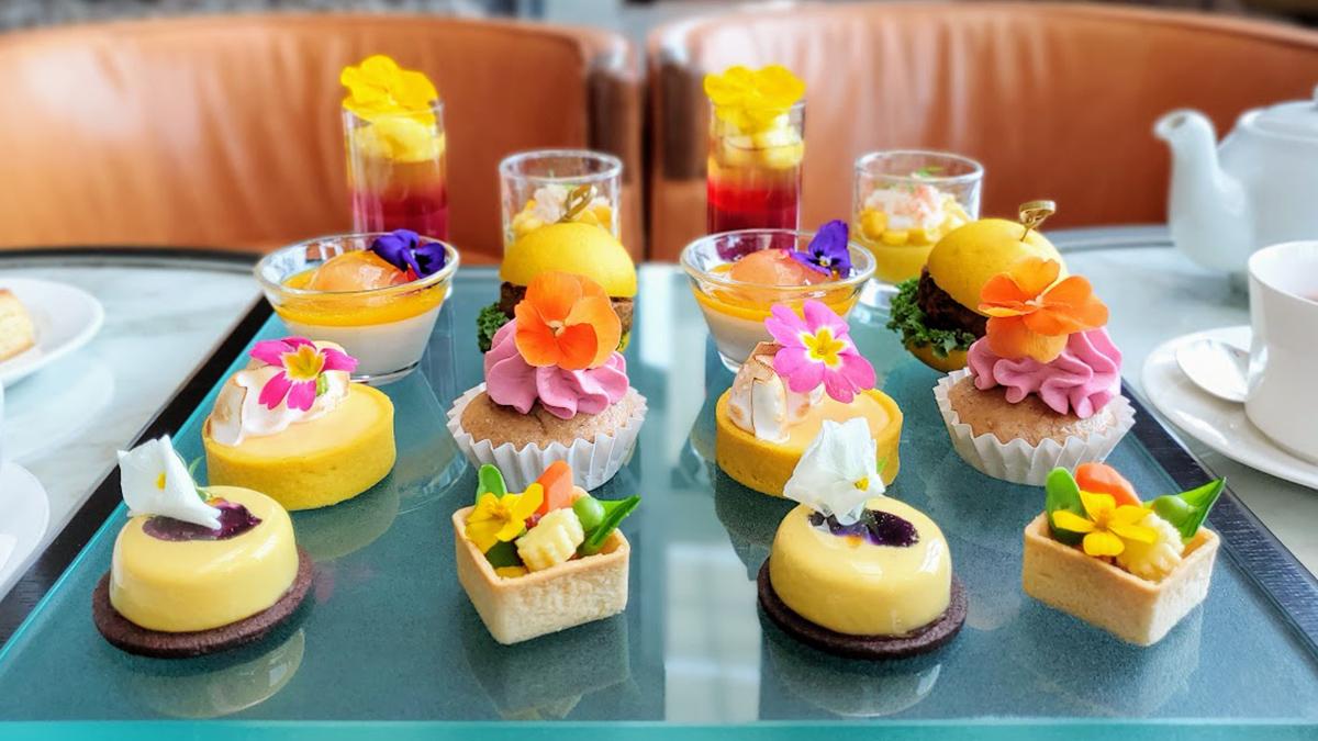 コンラッド東京、2021初夏のアフタヌーンティーはイエロー&花がテーマ!