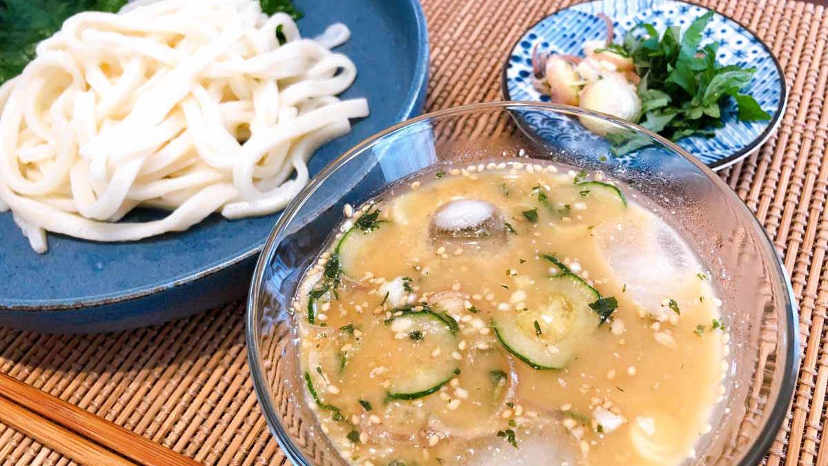 埼玉県の夏の風物詩「すったてうどん」は、薬味たっぷりで爽やか! #ご当地レシピ