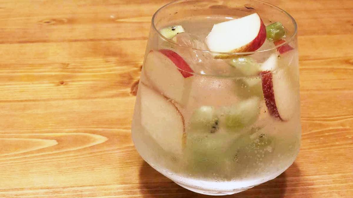 白ワインの定番カクテル!「スプリッツァー」のレシピとアレンジをソムリエが紹介