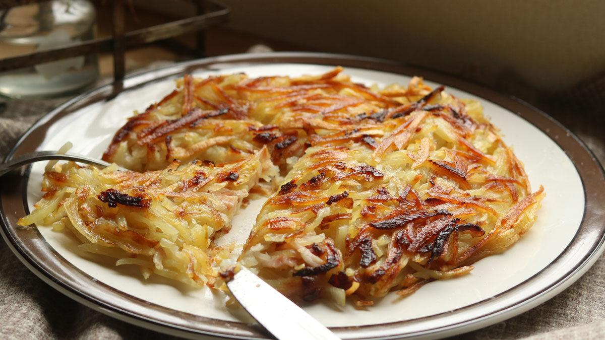 フライパンで簡単にできて美味しい「ジャガイモとベーコンのガレット」 #ホマレ姉さんのレシピ