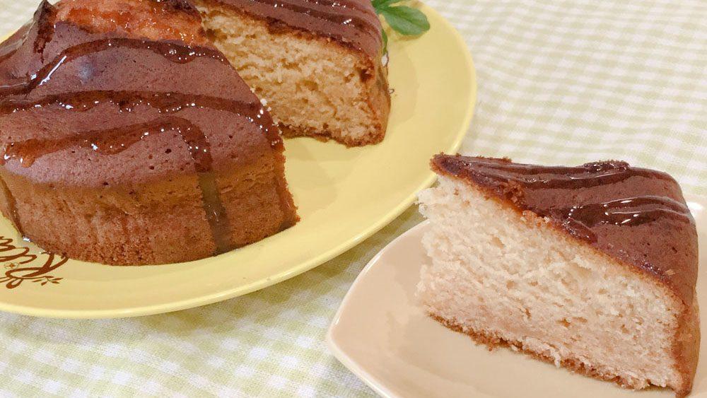 たっぷりはちみつが嬉しい!しっとり濃厚ケーキ